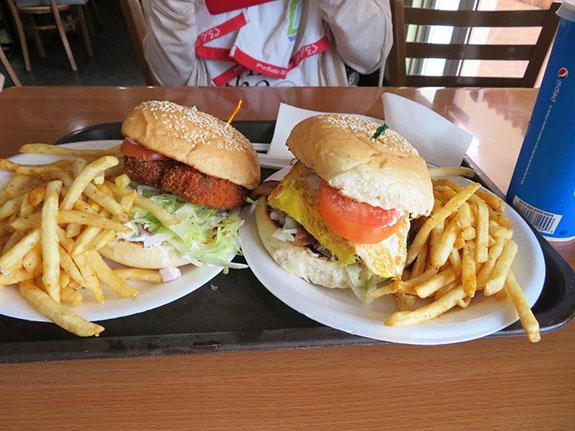 メスクラドスのハンバーガー